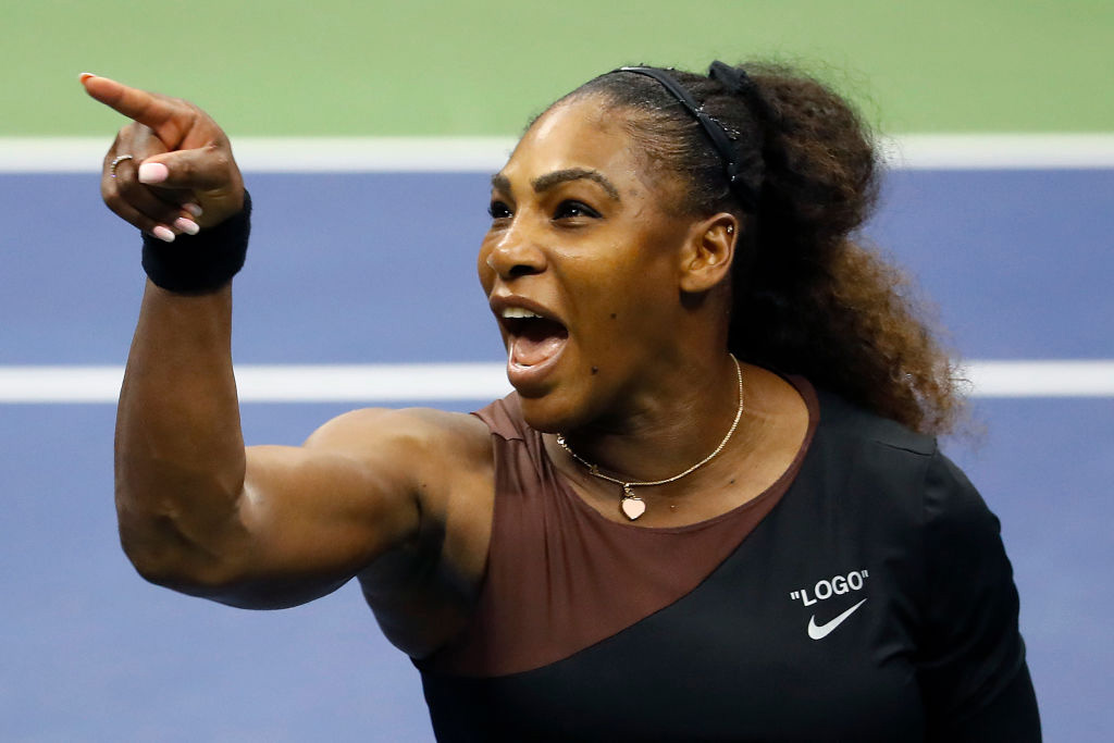 serena-williams-argues-with-umpire