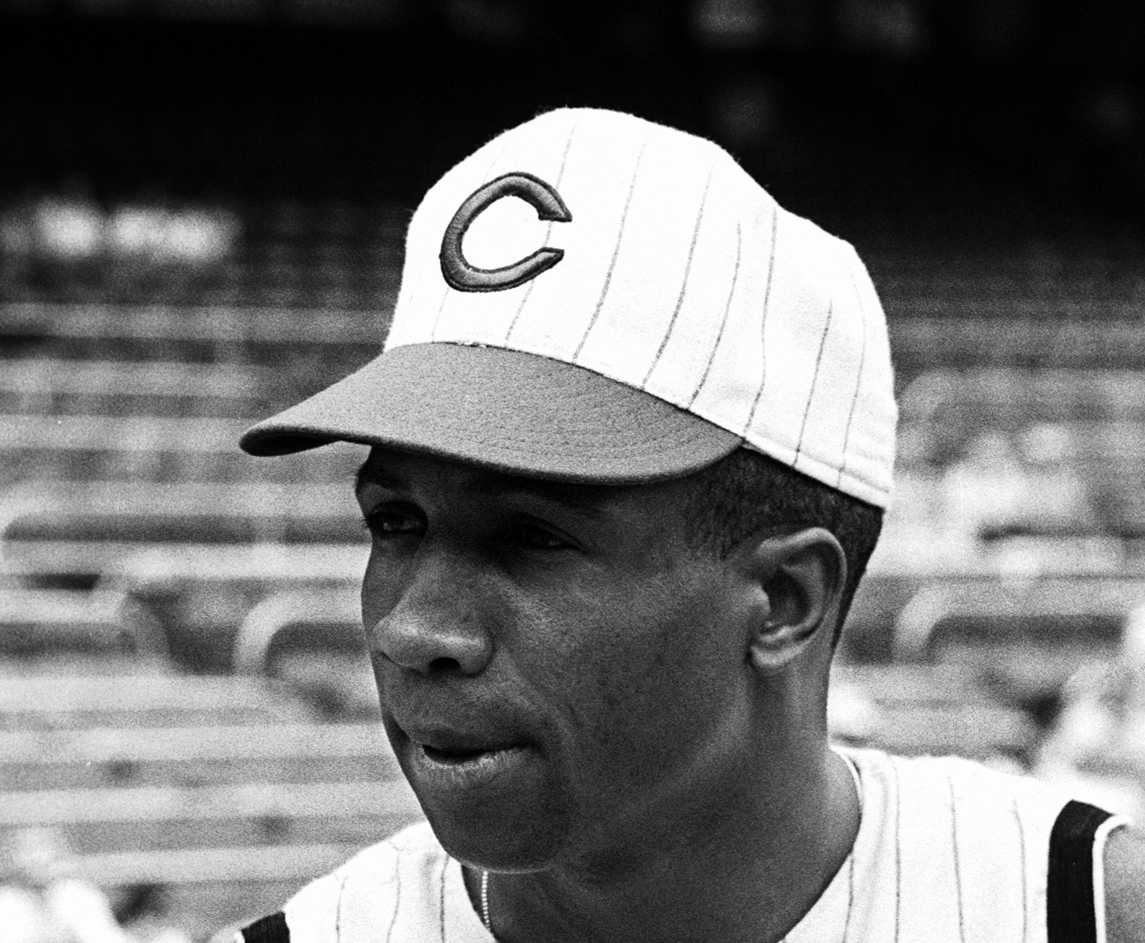 frank robinson traded to orioles over restaurant incident