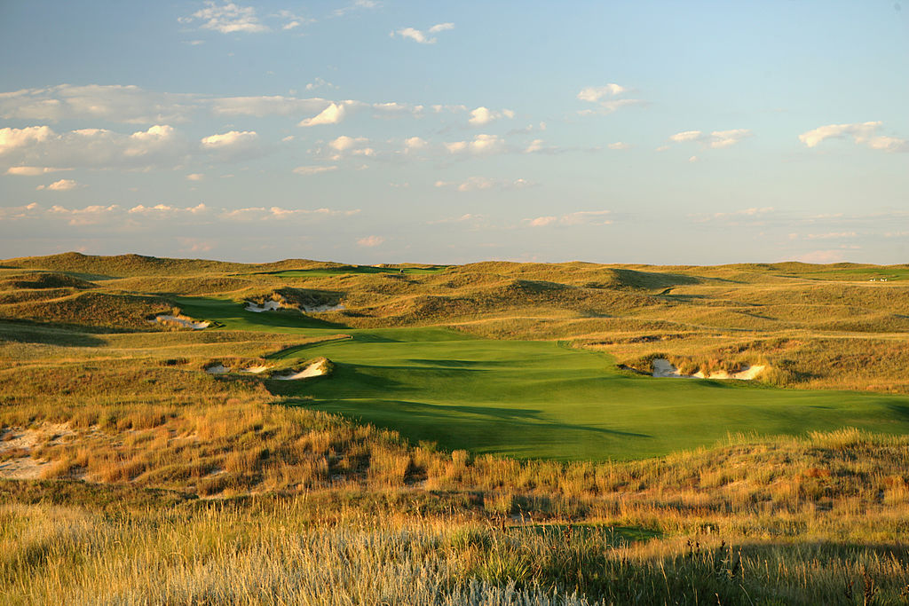 sand hills golf courses ranked