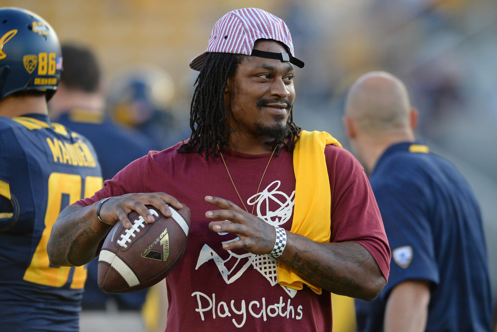 Marshawn Lynch Throwing Football