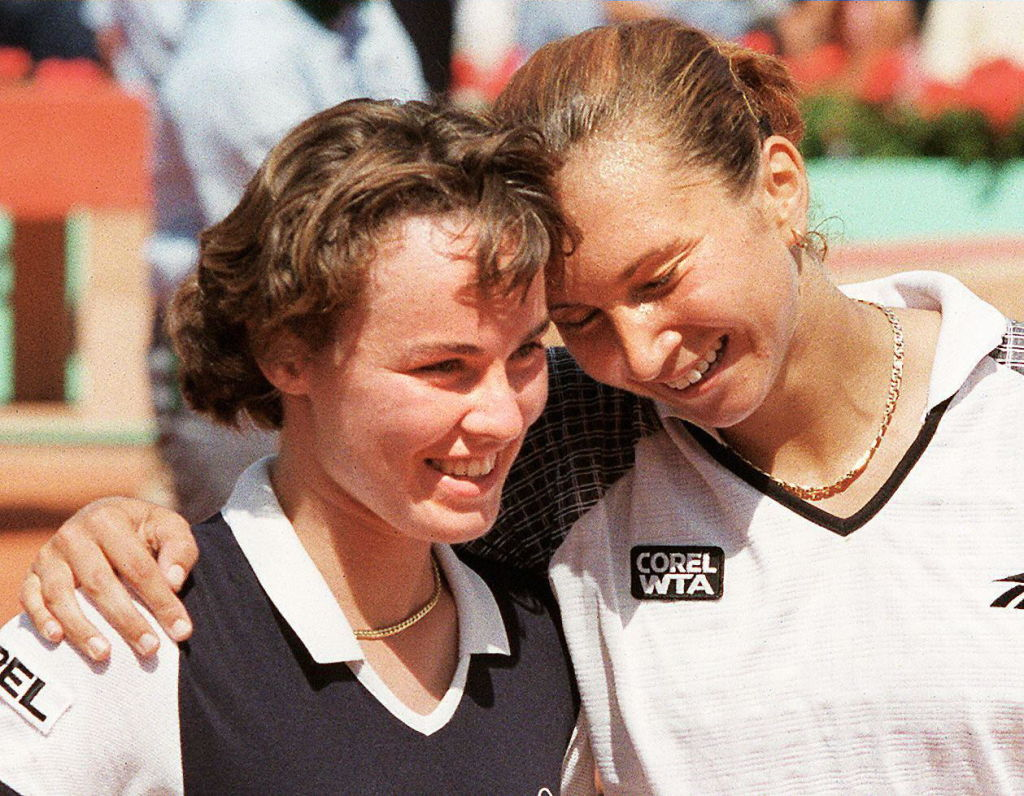 Iva Majoli over Martina Hingis in the final