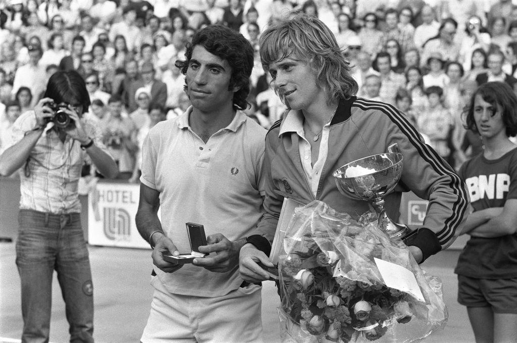 1974: Bjorn Borg def. Manuel Orantes 2-6, 6-7 (1), 6-0, 6-1, 6-1