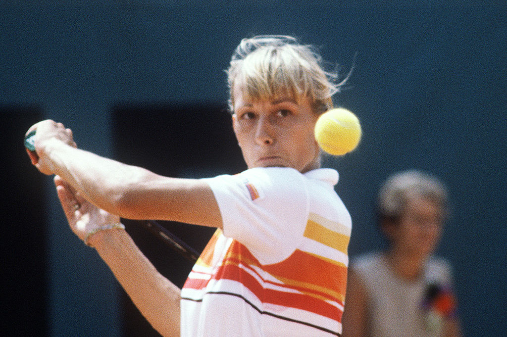 martina navratilova has won the most women's doubles titles in French open history
