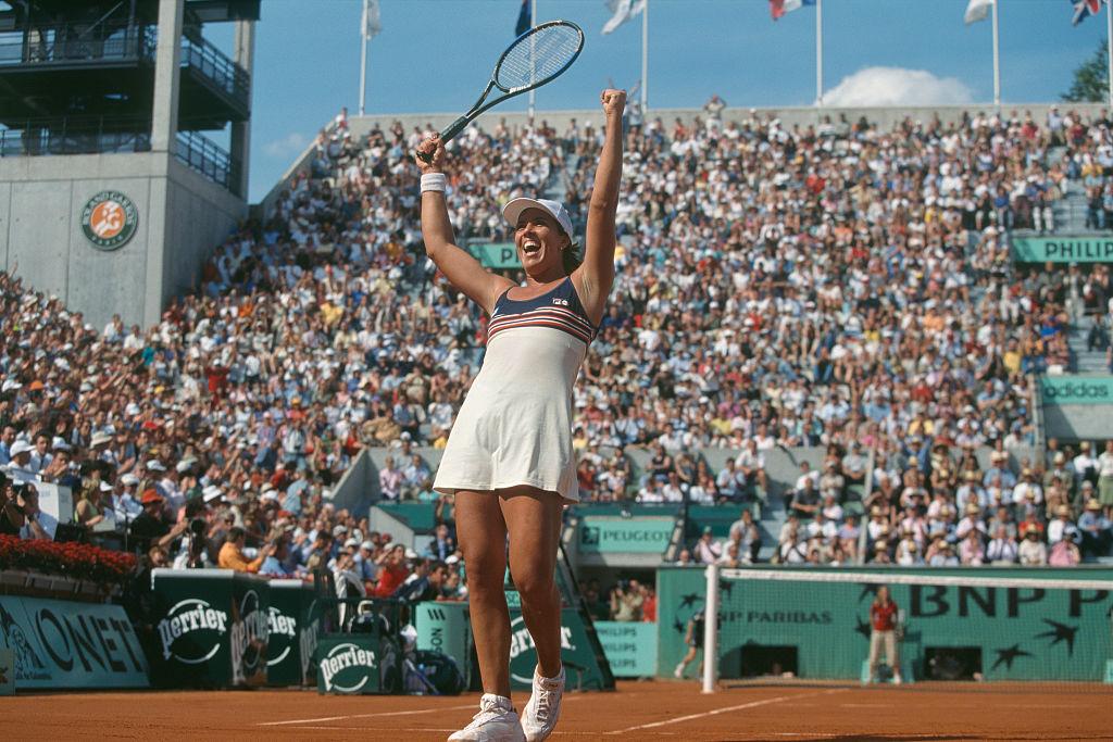 2001: Jennifer Capriati def. Kim Clijsters 1-6, 6-4, 12-10