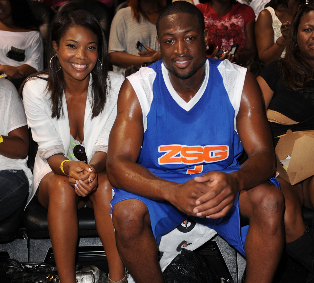 Actress Gabrielle Union and Basketball Player Dwyane Wade attend Summer Groove All-Star Basketball Game -102961837