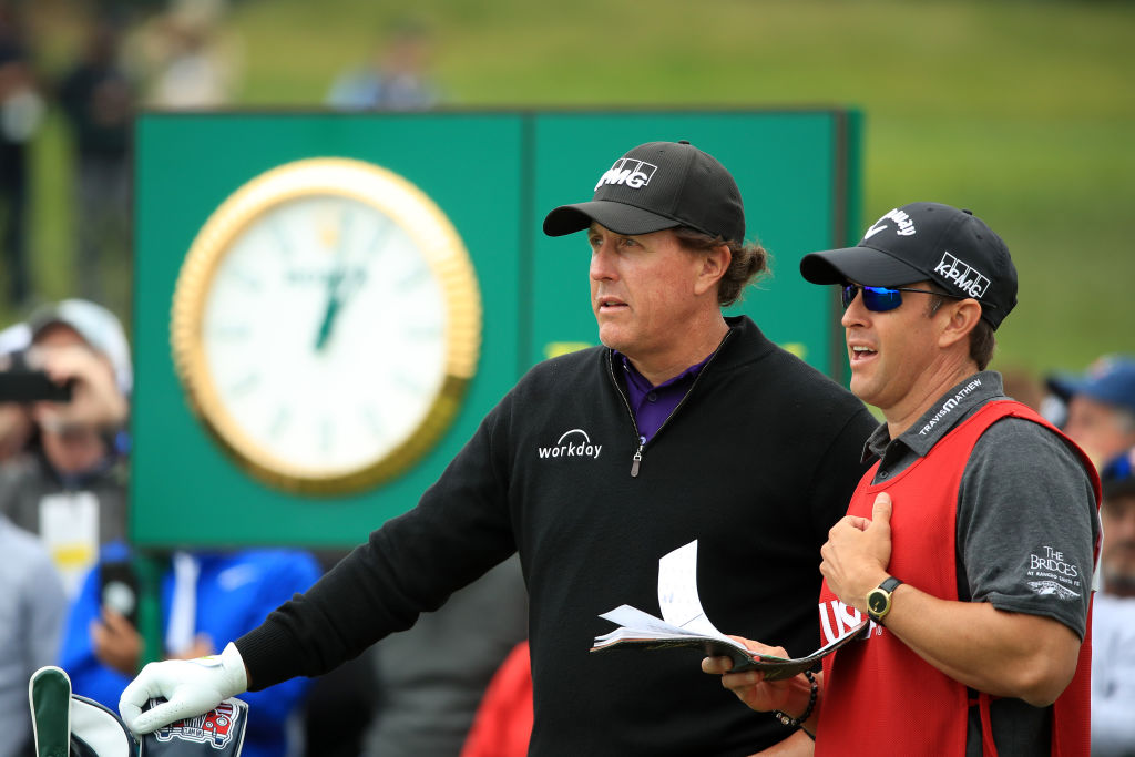 phil mickelson all time golf winnings