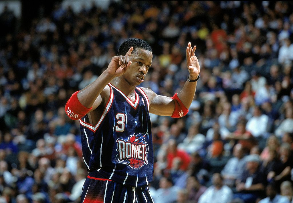 Steve Francis signals on the court during the game against the Dallas Mavericks at the Reunion Arena