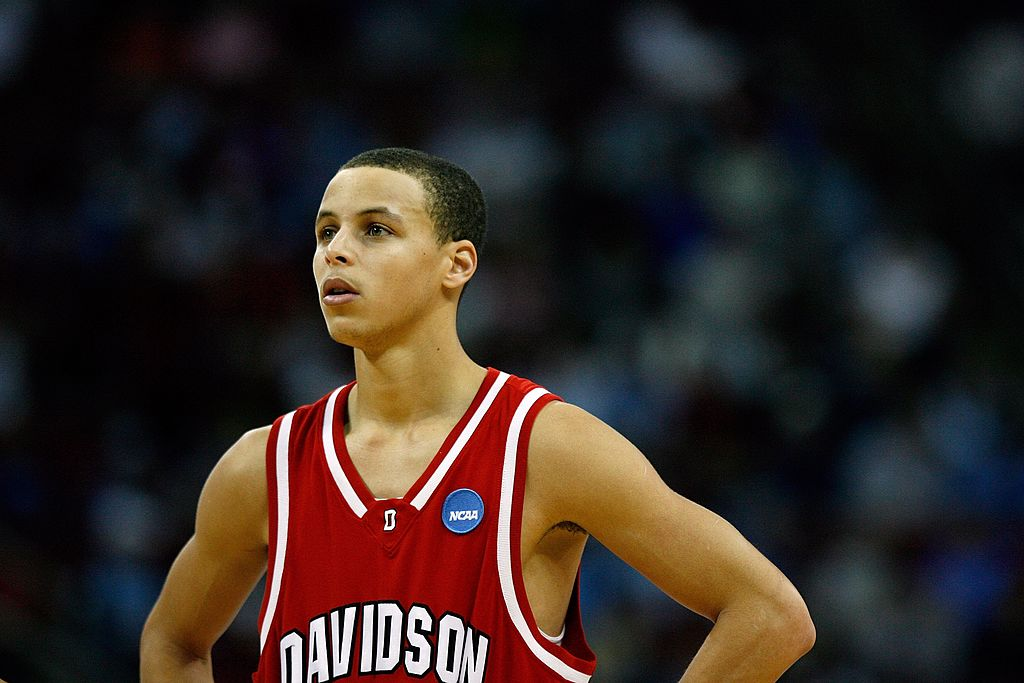 stephen curry made a name for himself in college at Davidson