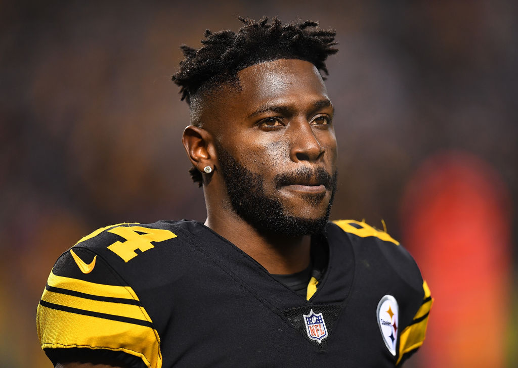 Antonio Brown #84 of the Pittsburgh Steelers looks on during the game against the New England Patriots at Heinz Field -1086969238