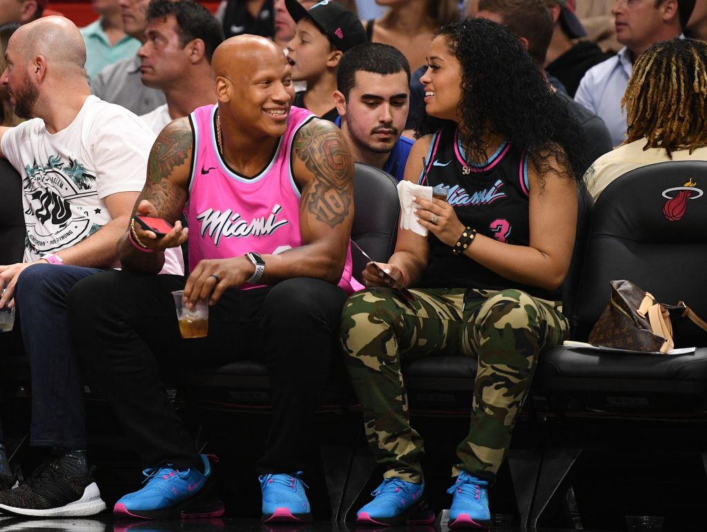 ryan shazier and wife at a basketball game