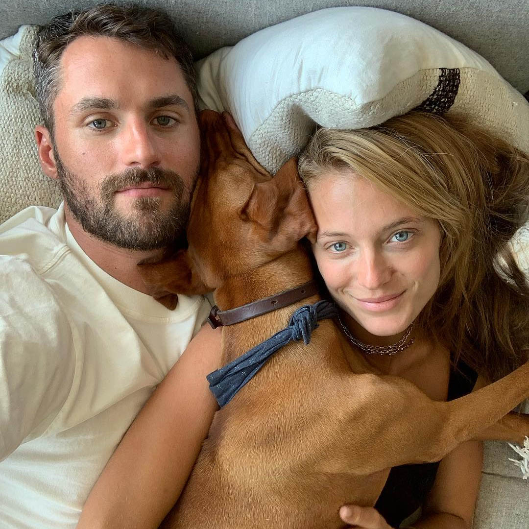 kevin love with dog and gf