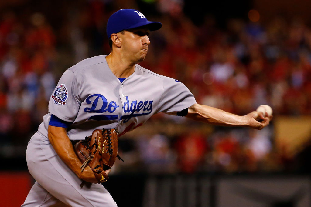 Pat Venditte And Handedness Decisions - 1034573834