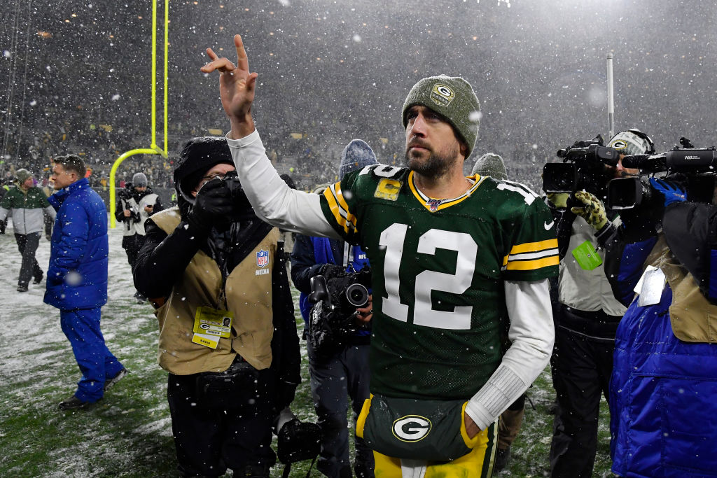 aaron rodgers highest paid athletes