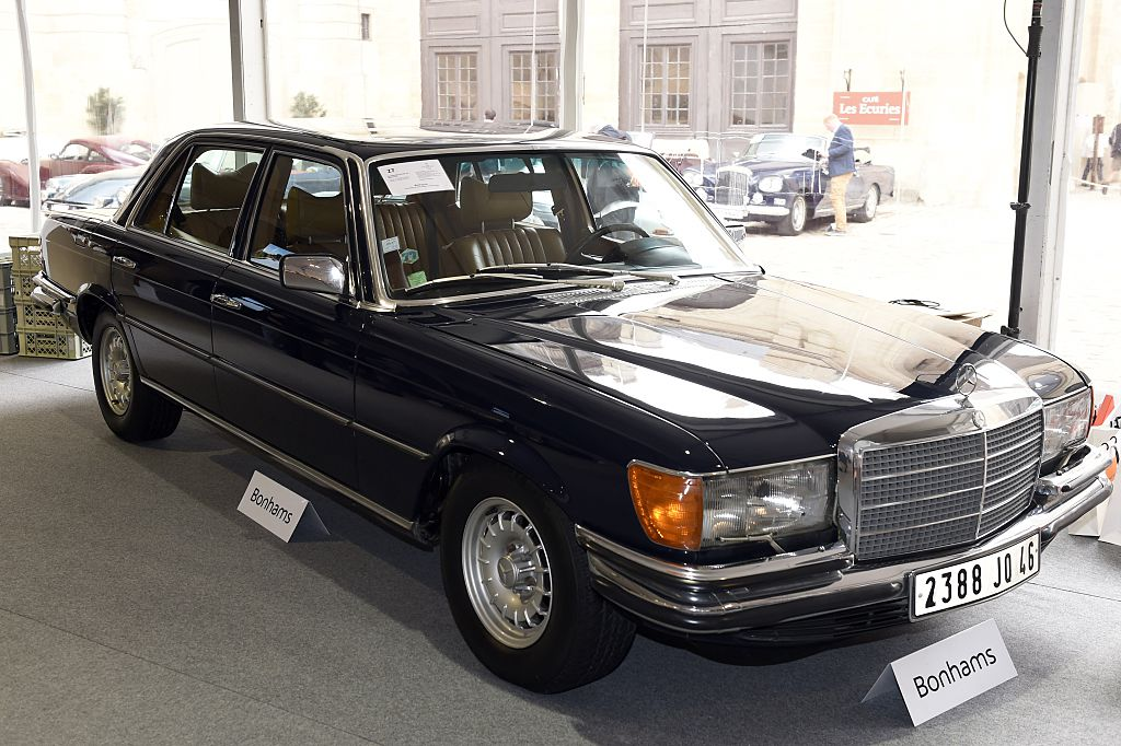Black Mercedes Benz 450 SEL