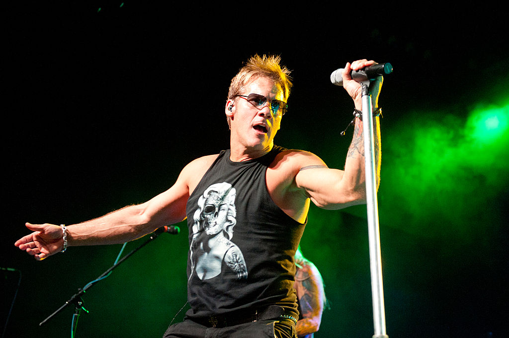 chris jericho performing with fozzy