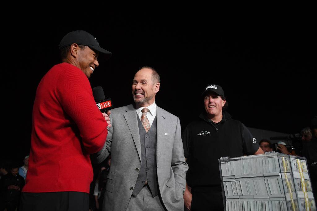 with tiger woods -1064638024