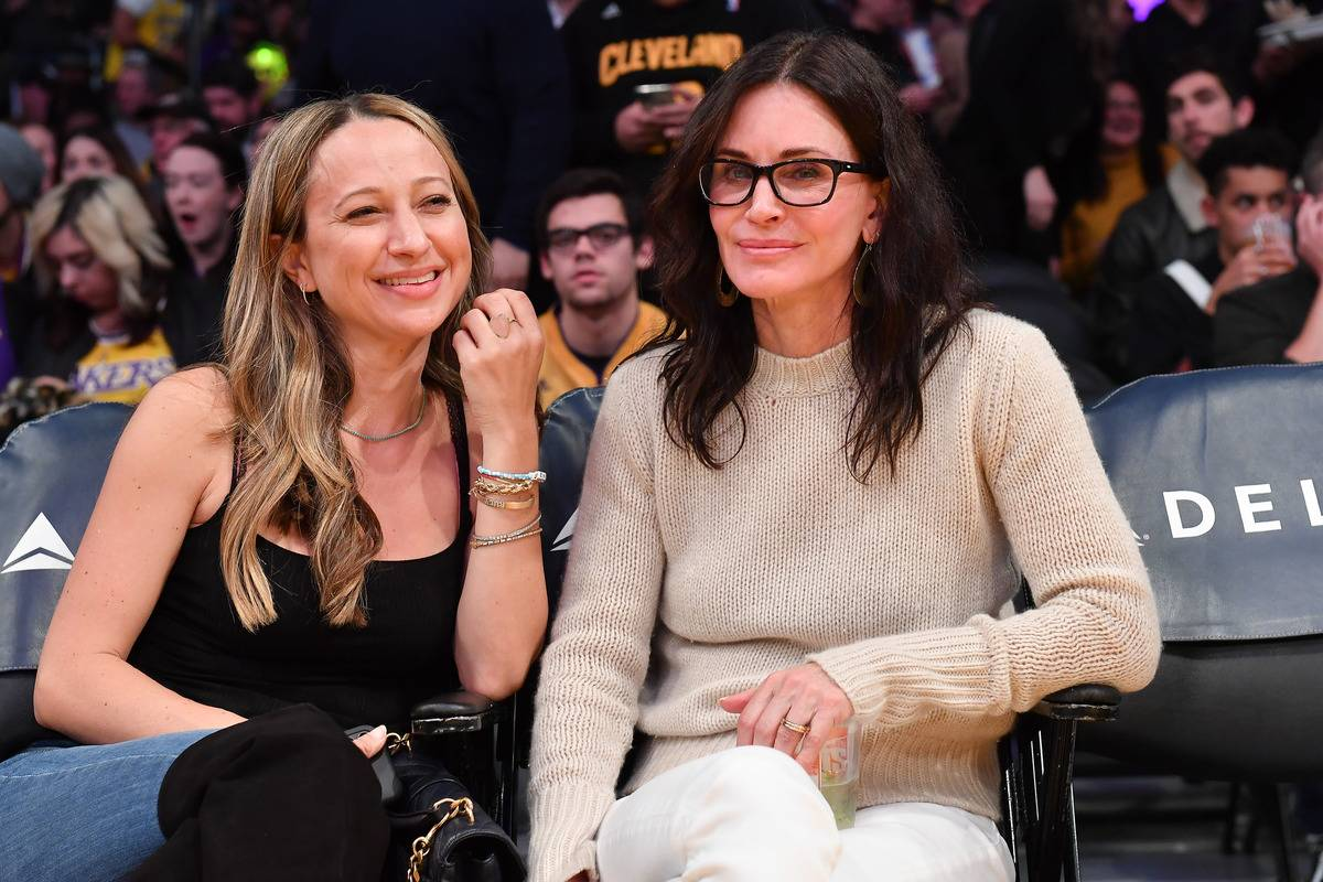Courteney Cox Likes To Cheer On Her Hometown Lakers