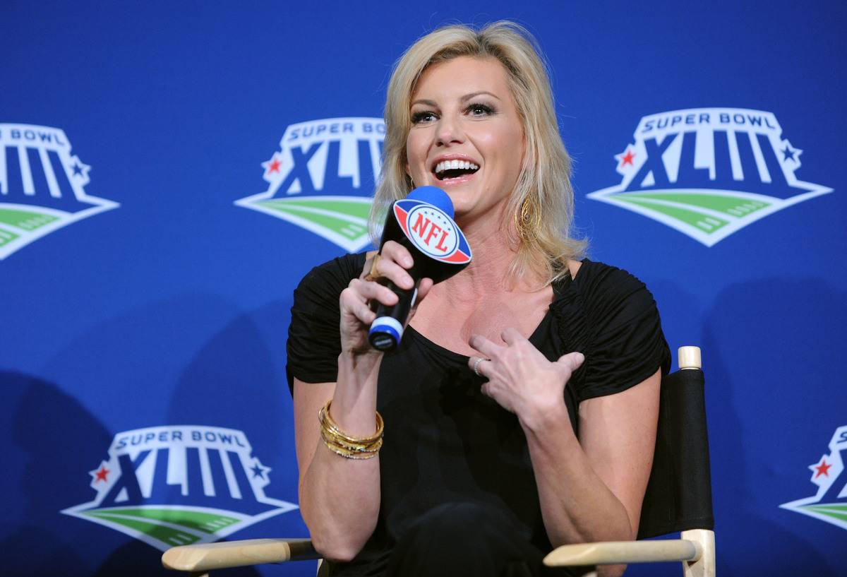 Faith Hill Has Been A Tennessee Titan Her Whole Life