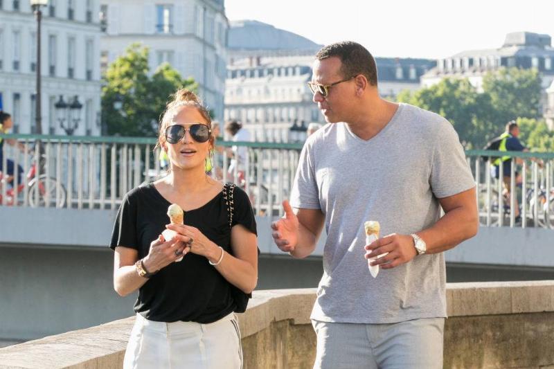 Jennifer Lopez and Alex Rodriguez are sighted on the 'Ile Saint Louis' near Notre-Dame-De-Paris cathedral